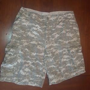 Men's 36 Faded Glory Camo Shorts